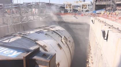 Таинственный объект заблокировал мощную тоннелепроходческую машину в Сиэтле